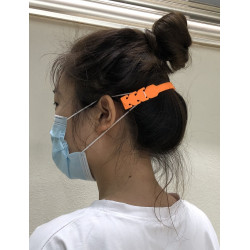 SILICONE MASK HANGER