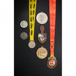 MEDAL AND CLIPBOARD